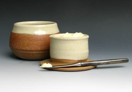 a stoneware butter dish that keeps the butter fresh