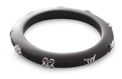 hand carved wisdom bracelet