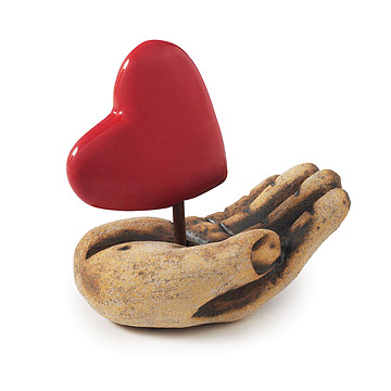 heart art sculpture for your valentine